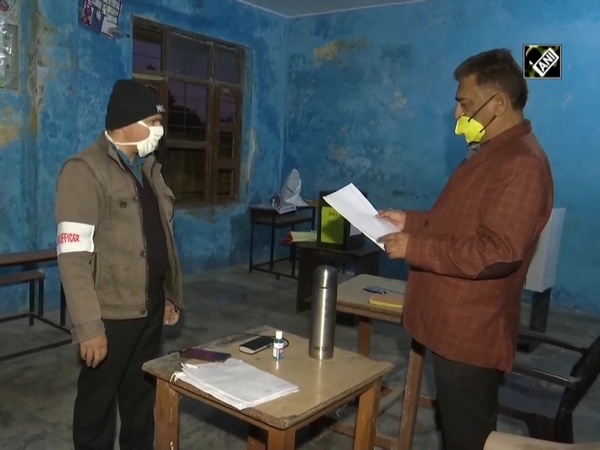 Locals queue up to vote as 8-phase DDC polls begin in J&K