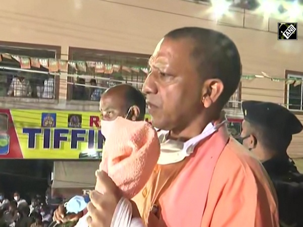 Yogi slams Bihar AIMIM MLA, says 'they live in Hindustan but hesitate in taking its name'
