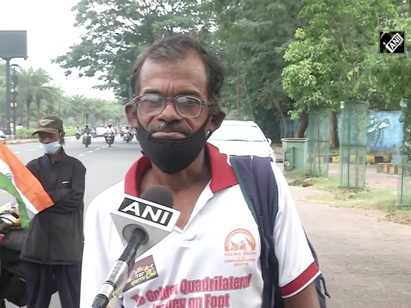 West Bengal man covers 5500 km on foot to spread COVID awareness