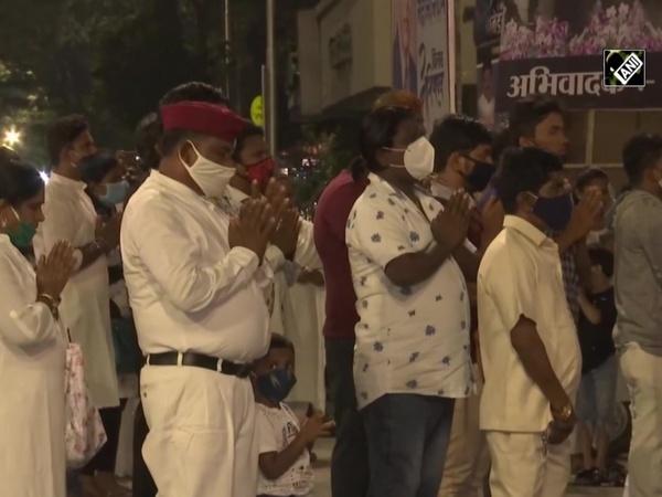 Mahaparinirvan Diwas: Mumbaikars pay tribute to Dr Babasaheb Ambedkar