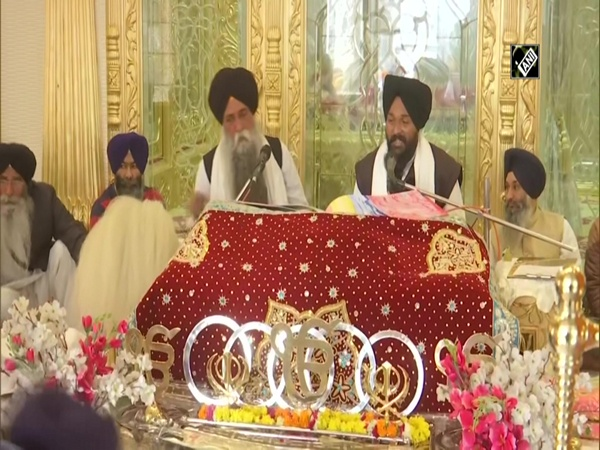 Prayers organised for farmers at Golden Temple