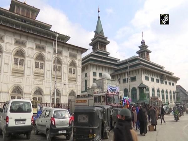 Dargah of Dastageer Sahib in Srinagar spreads love and peace