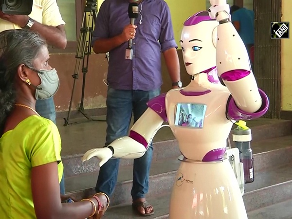 COVID-19: Kochi's polling booth equipped with robot to check voters' temperature