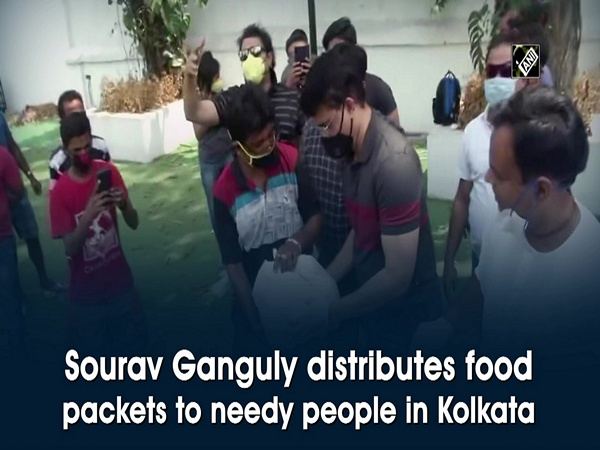 Sourav Ganguly distributes food packets to needy people in Kolkata