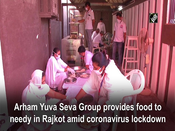 Arham Yuva Seva Group provides food to needy in Rajkot amid coronavirus lockdown