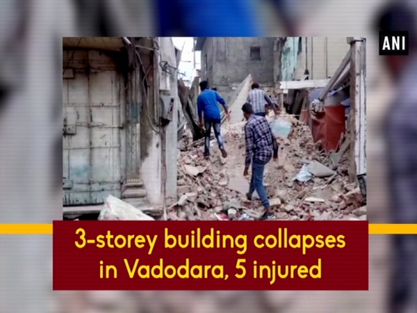 3-storey building collapses in Vadodara, 5 injured