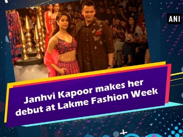 Janhvi Kapoor makes her debut at Lakme Fashion Week