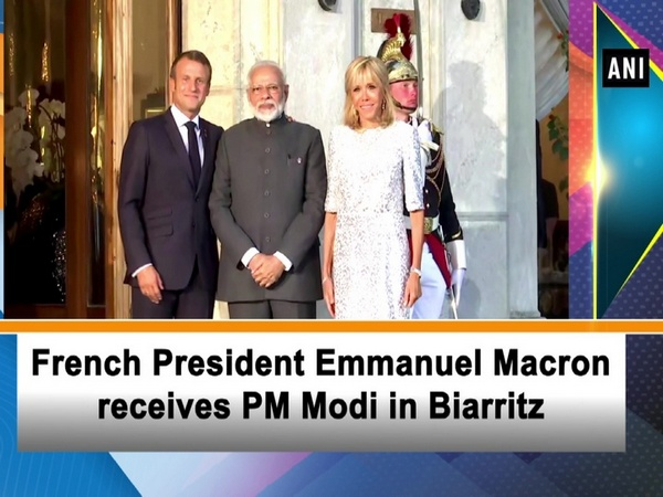 French President Emmanuel Macron receives PM Modi in France