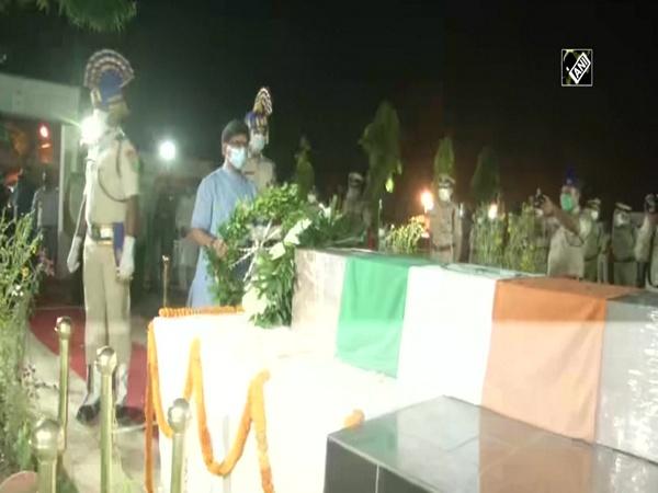Malbagh encounter: CM Soren, Governor Draupadi Murmu pay tribute to CRPF jawan