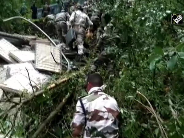 ITBP personnel rescue 2 Indian Army jawans in Uttarakhand's Auli
