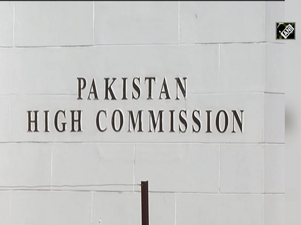 Two Pakistan High Commission officials arrested on espionage charges, asked to leave India within 24 hours