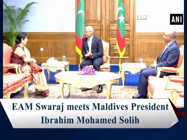 EAM Swaraj meets Maldives President Ibrahim Mohamed Solih