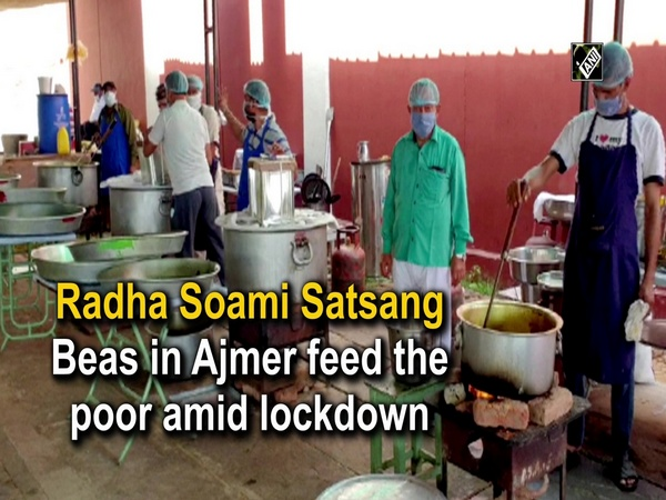 Radha Soami Satsang Beas in Ajmer feed the poor amid lockdown