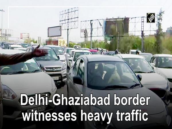 Delhi-Ghaziabad border witnesses heavy traffic