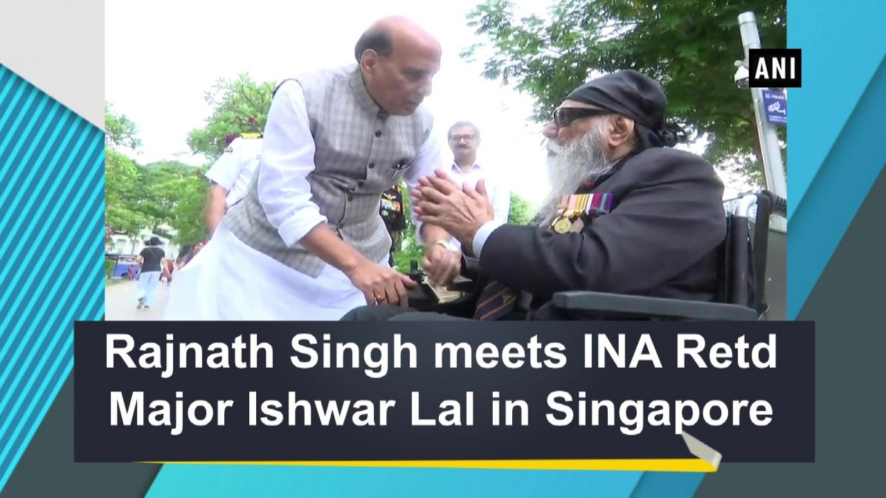 Rajnath Singh meets INA Retd Major Ishwar Lal in Singapore