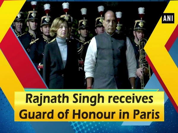 Rajnath Singh receives Guard of Honour in Paris