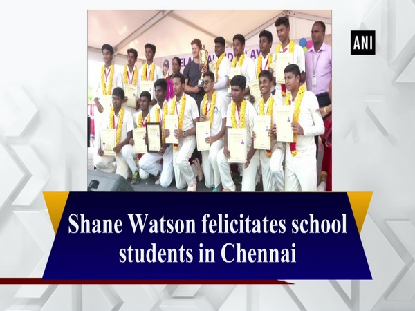 Shane Watson felicitates school students in Chennai